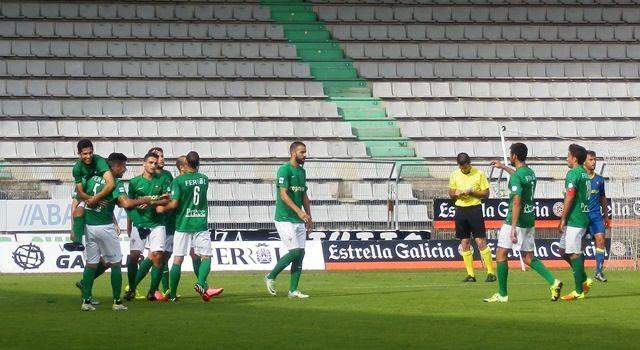 Joselu marcó en Somozas su séptimo gol de la temporada.